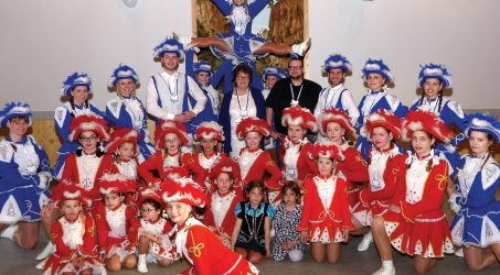 Die Tanzgruppen derNixen vom Märchensee suchen noch Verstärkung