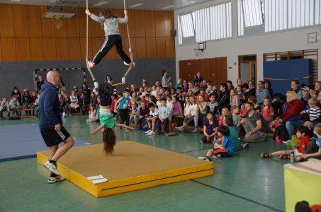 Spiele- und Sportfest zum zehnjährigen Jubiläum des Kinderwerks Baronsky und der Kooperation mit dem TuS Oberkassel